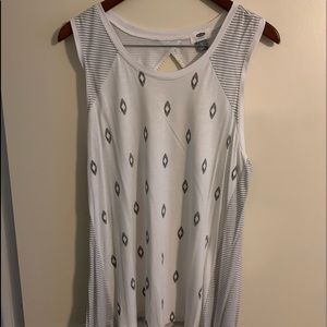 White muscle tank old navy